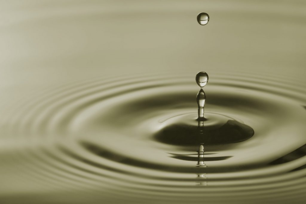 Immagine slider goccia d'acqua